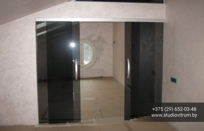 2 do 36 2 dveri steklyannye otkatnye 702x450 - Стеклянные двери