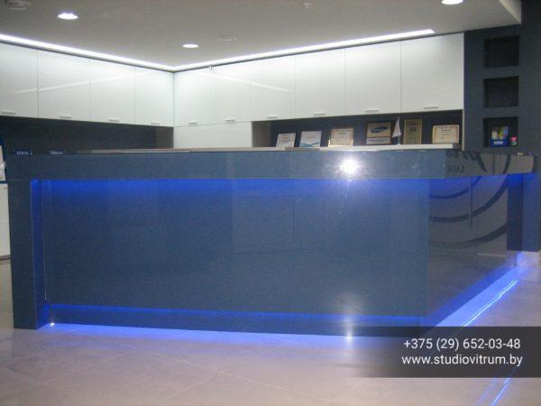 ms 2 600x450 - Мебель и предметы интерьера из стекла