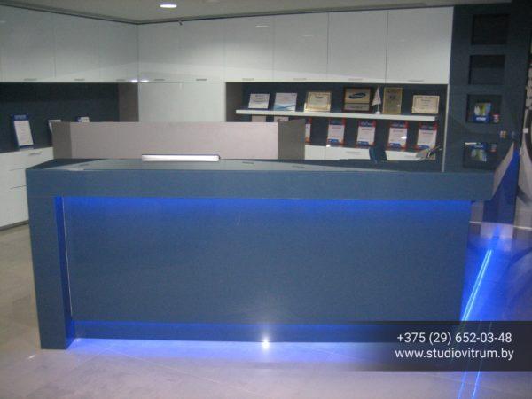 ms 3 600x450 - Мебель и предметы интерьера из стекла