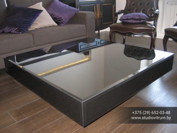 ms 82 600x450 - Мебель и предметы интерьера из стекла