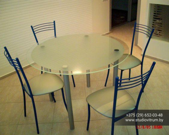 ms 89 563x450 - Мебель и предметы интерьера из стекла