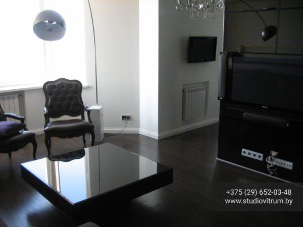 ms 95 600x450 - Мебель и предметы интерьера из стекла