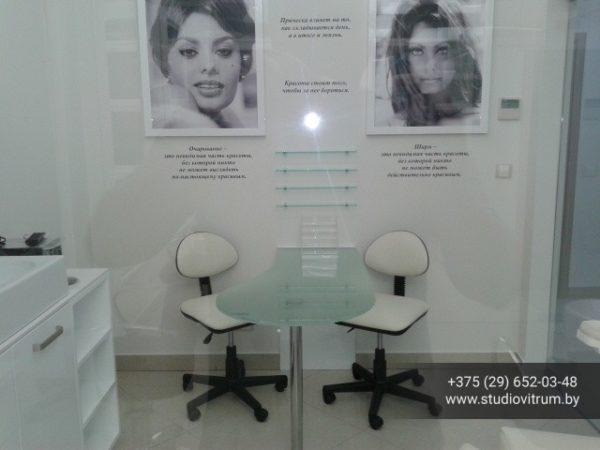 ms 99 600x450 - Мебель и предметы интерьера из стекла