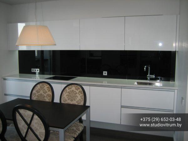 ms 10 600x450 - Мебель и предметы интерьера из стекла