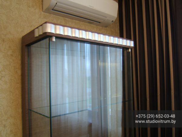 ms 106 600x450 - Мебель и предметы интерьера из стекла