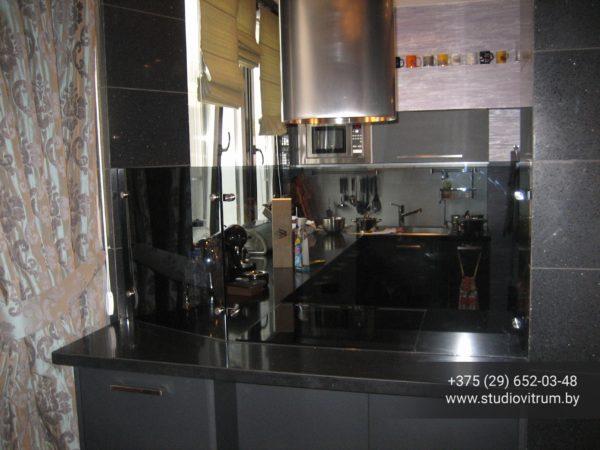 ms 12 600x450 - Мебель и предметы интерьера из стекла
