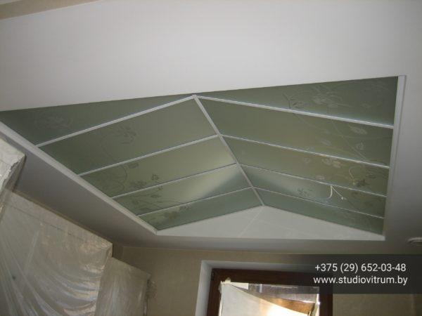 ms 22 600x450 - Мебель и предметы интерьера из стекла