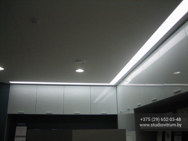 ms 42 600x450 - Мебель и предметы интерьера из стекла