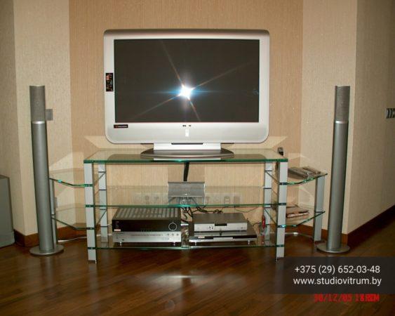 ms 59 563x450 - Мебель и предметы интерьера из стекла