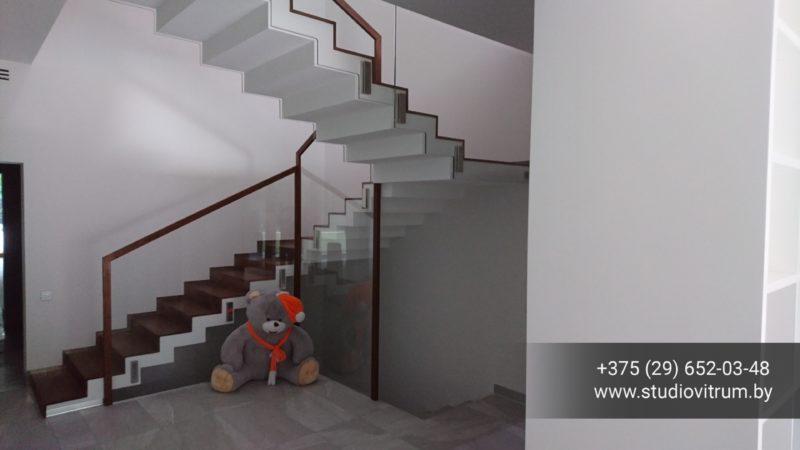 os 11 800x450 - Стеклянные ограждения